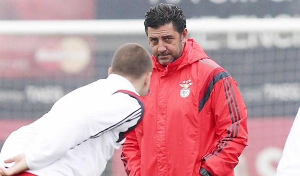 Benfica esconde o jogo