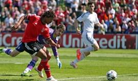 Benficaem Madrid com reforços da B