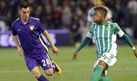 Málaga vence Betis com Duda no banco