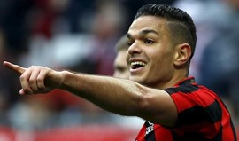 Ben Arfa na rota do At. Madrid