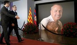 Memorial em Camp Nou com muitos elogios a Cruyff