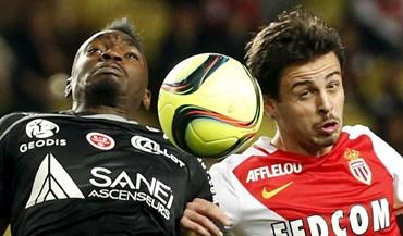 Monaco empata e PSG pode ser campeão no domingo