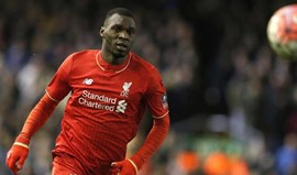 At. Madrid atento a Benteke