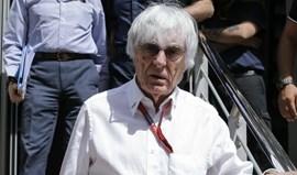 Bernie Ecclestone não vê mulheres ao volante