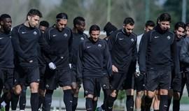 Convocatória com muitas alterações para receção ao FC Porto