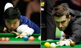Ding Junhui e Mark Selby em final histórica