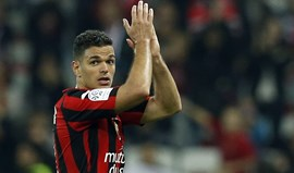 Lyon propõe ao Nice 'libertação' imediata de Ben Arfa