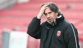 Penafiel renova com treinador Paulo Alves