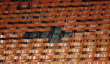 Adeptos do Liverpool levaram cadeiras como recordação