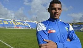 Diego Carlos assina pelo Nantes