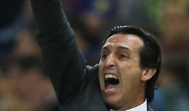 Emery bloqueado por Laurent Blanc