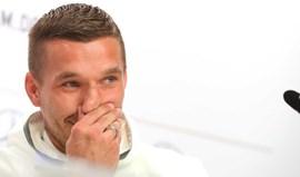 Podolski: «Löw? 80 por cento de vocês coça os tomates»