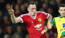 Mourinho acredita que Phil Jones é o John Terry do United