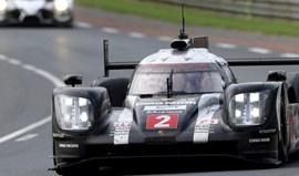 Porsche revalida vitória em Le Mans em corrida com final dramático