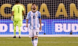 Messi no 'clube' de Eusébio e Cruijff