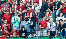 Super Dragões e Juve Leo juntas... em Marselha