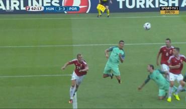 Ronaldo foi ao segundo andar para marcar o terceiro