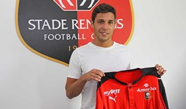Rennes oficializa Afonso Figueiredo