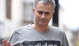 Mourinho põe mãos à obra