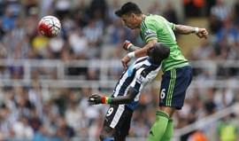 Papiss Cissé troca Newcastle pelo futebol chinês