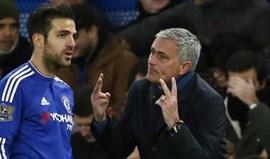 Fàbregas volta ao radar de Mourinho agora em direção a Old Trafford