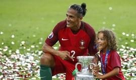 Póvoa de Varzim atribui medalha de Mérito Desportivo a Bruno Alves