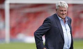 Steve Bruce demite-se do Hull City
