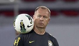 Mano Menezes deve suceder a Paulo Bento no Cruzeiro