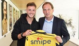 Holanda: Van Wolfswinkel regressa ao Vitesse