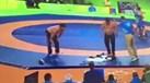 Rio'2016: Treinadores despiram-se... em protesto com os juízes