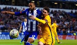Deportivo aguarda decisão por Sidnei