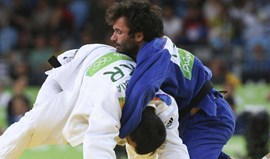 Sergiu Oleinic eliminado na terceira ronda