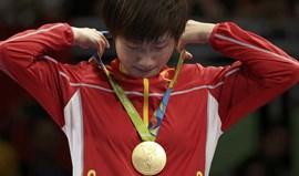 Ding Ning conquista o ouro na final de singulares femininos