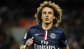 David Luiz regressa ao Chelsea por 32 milhões de euros