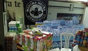 Mancha Negra recolheu alimentos para os bombeiros