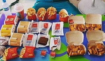 Australiano falhou as medalhas e... 'devorou' o McDonald's