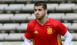 Álvaro Morata substituído aos 27 minutos