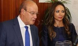 Fernanda 'rouba' protagonismo a Pinto da Costa