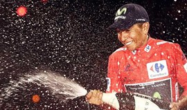 Nairo Quintana renova pela Movistar