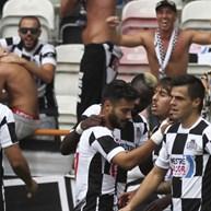 Confrontos entre adeptos de Boavista e União de Leiria no final do jogo
