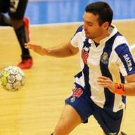 FC Porto vence no Flávio Sá Leite e apanha Sporting no topo