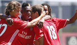 Benfica vence Amora e consolida liderança (2-0)