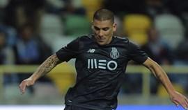 Maxi Pereira pré-convocado pelo Uruguai