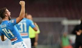 Nápoles supera Empoli no San Paolo