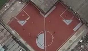 Campos de futebol não-retangulares? Sim, existem na Tailândia