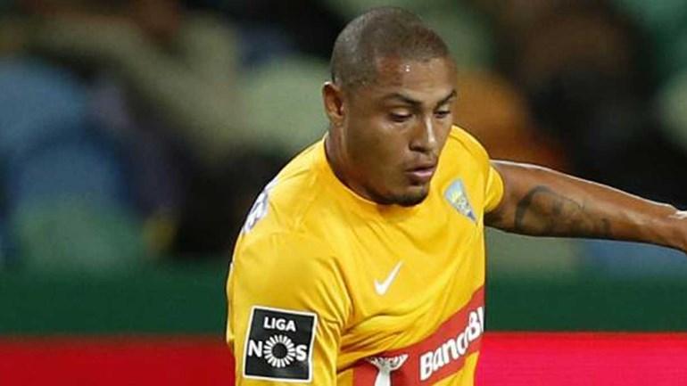 Caldas-Estoril, 0-1: Canarinhos repetem a história da época passada