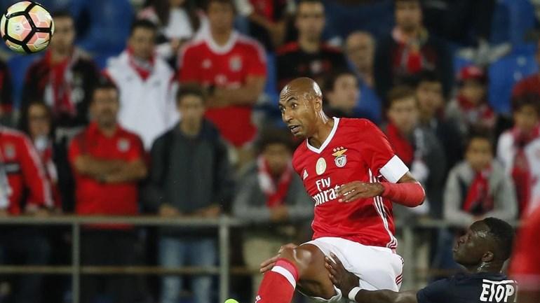 As razões que levaram o 1.º Dezembro a receber o Benfica no Estoril