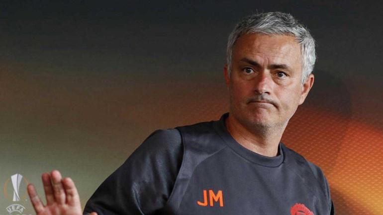 Mourinho deixa aviso: «Não há intocáveis»