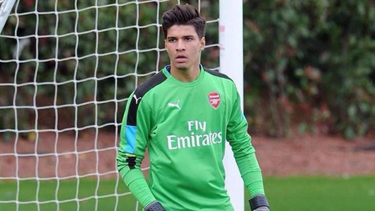 João Virgínia inspirado ajuda Arsenal a vencer