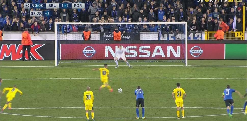 André Silva bateu o penálti da vitória em Brugge